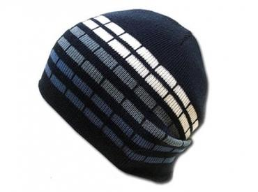 CHECKERED KNIT HAT