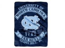 UNC RASCHEL THROW